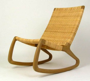 SP210 Simple Design Rocking Chair furniture 1 300x268 Havertys Furniture: Look Before You Leap
